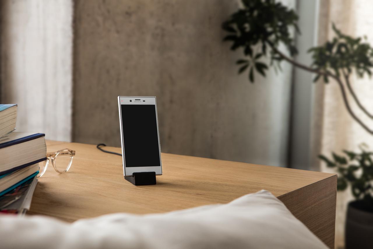 Sony Xperia X Compact F5321 kártyafüggetlen okostelefon, Black (Android)
