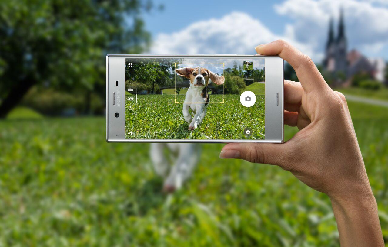 Sony Xperia XZ F8331 kártyafüggetlen okostelefon, Black (Android)