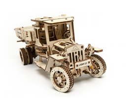 Camion UGEARS  – model mecanic